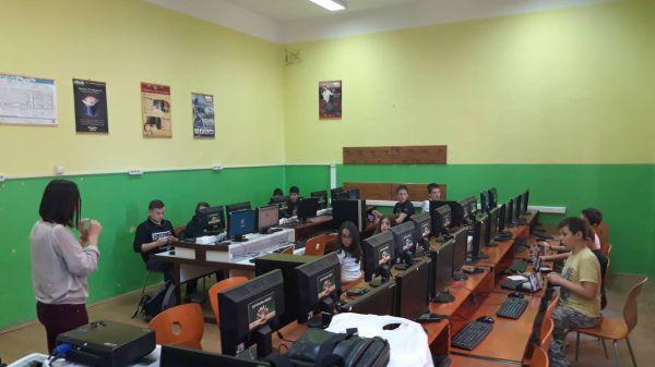 Микробит програмирање у основним и средњим школама